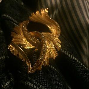 Vintage Gold-tone Rhinestone Brooch